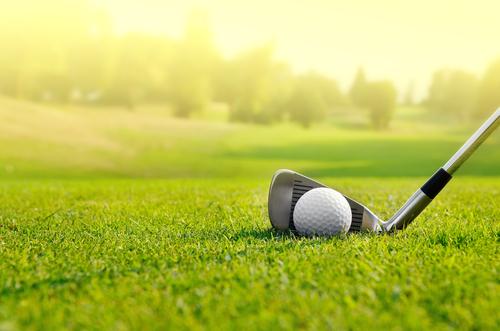 Initiez-vous au golf à Monts !