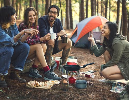 campings autour du Coudray-Montceaux